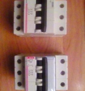 Автоматические 3-х полюсные выключатели Легранд