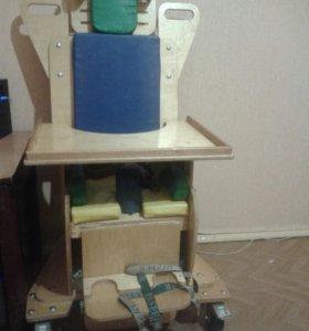 Реабелитационно кресло для деток с 《Д Ц П》