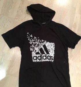 Футболка с капюшоном adidas