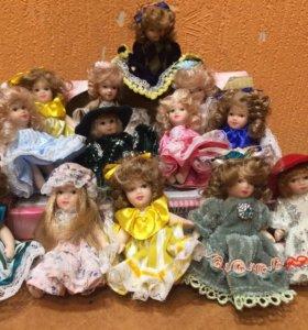 Винтажные фарфоровые куколки, цена снижена