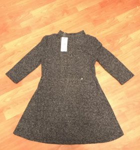 Новое платье рр 46