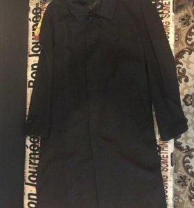 Продаю кашемировое  пальто