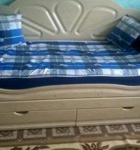 Кровать детская для двоих детей