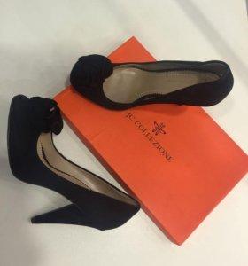 Новые замшевые туфли на 38'5-39