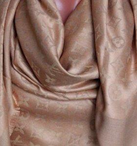 Платок Louis Vuitton песочный