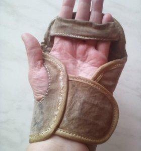 Щитки на руки для спорта кожа натуральная