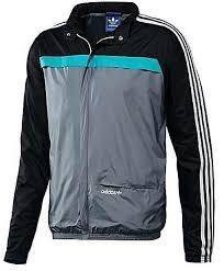 Ветровка Adidas Originals.