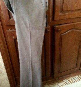 новые классические брюки Zolla