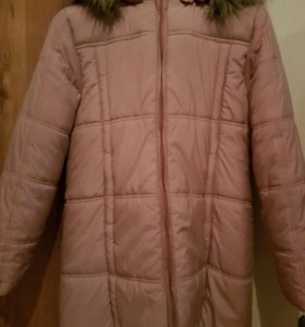 Куртка теплая на девочку.
