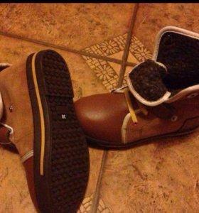 Новые стильные ботиночки на девочку