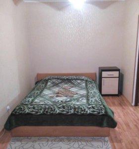 Квартира посуточно Кашириных 107