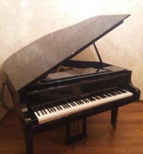 Рояль кабинетный.