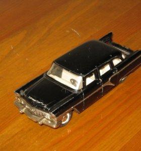 Модель авто 1 : 43