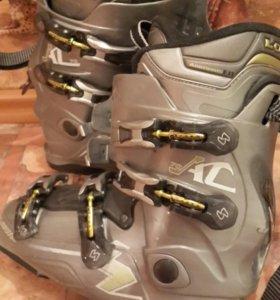 Мужские горнолыжные ботинки Lowa 44 р 280см