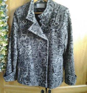 Куртка ветровка пальто шубка