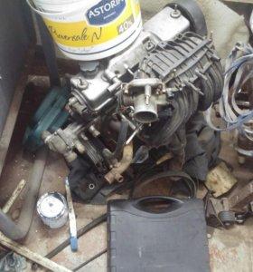 Двигатель 8v (1,6) 2006 год