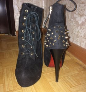 Обувь женская ботильоны