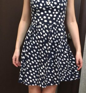 Продаю платье befree