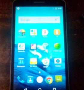 Телефон LG K5