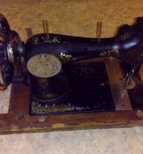 Раритетная швейная машинка Durlach Gritzner