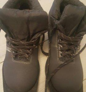Ботинки лыжные.  34 размер ¡