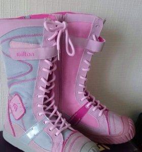 Новые зимние сапожки для девочек
