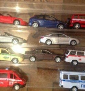 Продам коллекционные машины-20 штук+стеллаж
