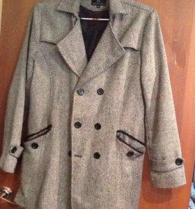 Пальто мужское 48