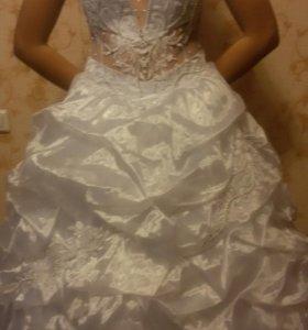 Свадебные платья.В наличии 13 моделек