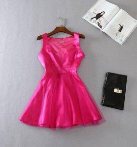 Праздничное платье с фатиновой юбкой