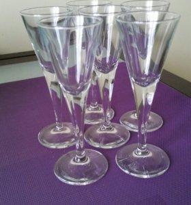 Рюмки и фужеры под шампанское