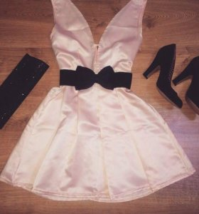 Платье новое нежно-розовый цвет