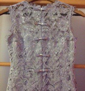Платье р-р42-44 гипюровое от VALENTINO