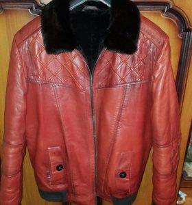 Фирменная куртка зимняя из Испании(ARMANI)