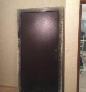 Дверь входная, металлическая