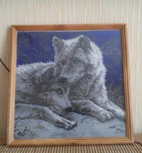 Картина вышитая бисером Волки
