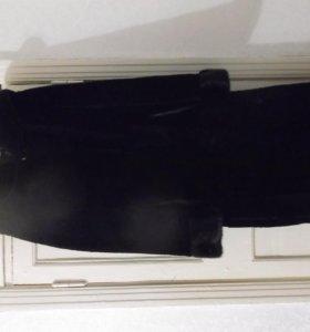 Шуба мутон с норкой на рукавах и капюшоне,р-р 50 Т