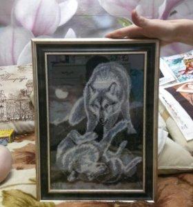 Картина бисером волки