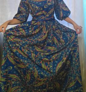 Красивое праздничное платье 42-46