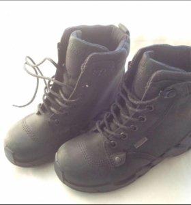 новые зимние ботинки ecco