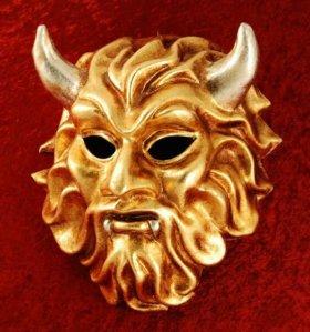 Карнавальная маска из Италии