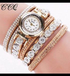 Ю. Женские часы