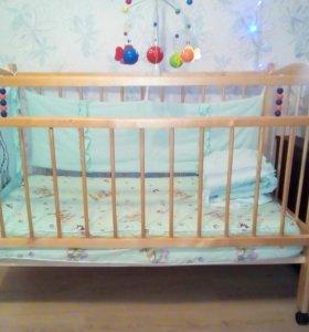 Детская кроватка(качалка)+ матрас и бортики