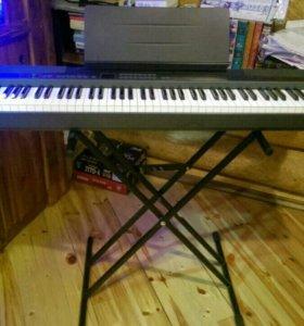 Цифровое пианино CASIO PX-300