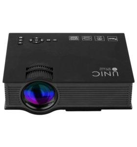 Светодиодный проектор Unic UC46