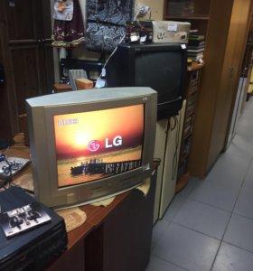 Телевизор LG большое цветной хороший