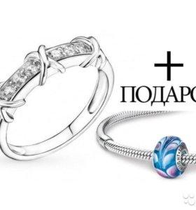 Новое серебряное кольцо С фианитами 18р + подарок