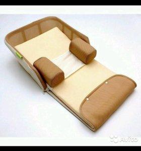 Кроватка, матрас, подушка переносная пеленалка дет
