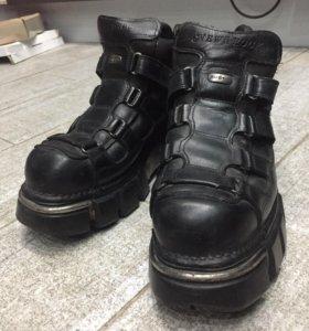 Мужские ботинки NewRock