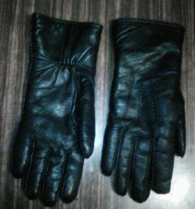 Перчатки кожаные на меху